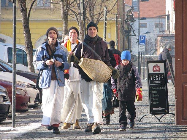 Oddané Krišny bylo možné potkat v sobotu v ulicích Kolína.