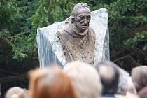 Odhalení busty Anastáze Opaska