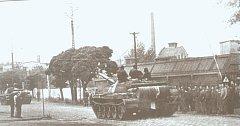 Polský tank u strojíren Tatra