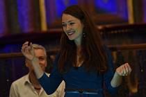 Festival Rosa Bohemica v kolínské synagoze: z vystoupení souboru Plaisirs de Musique sezpěvačkou Eliškou Tesařovou.