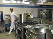 V Pečkách mají novou školní kuchyň s jídelnou