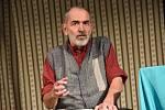 Z divadelního představení Liga proti nevěře v Městském společenském domě v Kolíně.