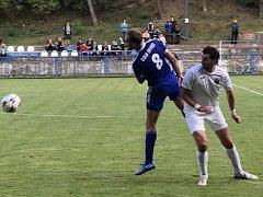 Jediný gól Českého Brodu proti Chomutovu vstřelil Tomáš Michálek (vlevo).
