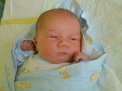 Lukáš Brabec se narodil 17. června 2015 s výškou 54 centimetry a váhou 4155 gramů. Maminka Vladimíra a tatínek Jiří si ho odvezli do Uhlířských Janovic, kde se na brášku těšil tříapůlletý Mikuláš.