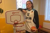 Přilákat děti ke sportu, to je cílem kolínských basketbalistů.