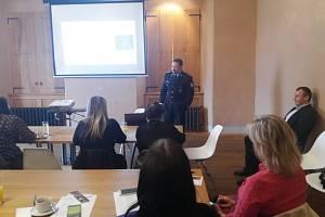 Vedoucí Územního odboru Policie ČR v Kolíně Jiří Fejfar na workshopu v Kutné Hoře.