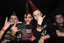 Roztančený a pohodový Totální punkový večírek, jak akci pořadatelé nazvali, končil po půlnoci.