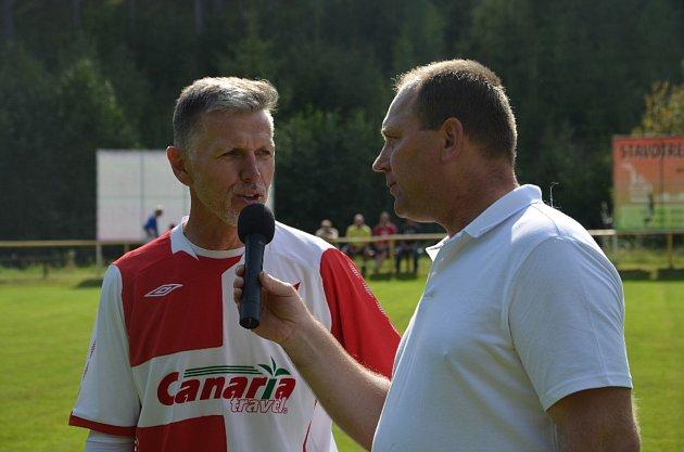 Vdresu starých pánů pražské Slavie nechyběl ani trenér reprezentace Jaroslav Šilhavý.