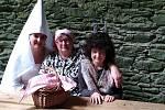 Na štěpanickém hradě probíhají letos poprvé prohlídky. Návštěvníky provází bílá paní Ruprechta.