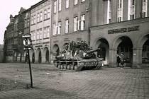 Pro Trutnov skončila válka 9. května 1945. Vojáci Rudé armády dorazili toho dne kolem páté hodiny odpoledne na takřka liduprázdné náměstí.