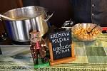 Polévky tekly v Malé Úpě proudem. Kdo jich neměl dost, mohl okusit pálivé chilli papričky či se popasovat s borůvkovými knedlíky.