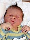 DAVID FEJGL se narodil 6. listopadu v 11.46 hodin Denise Fejglové a Jakubu Jarošovi. Vážil 3,45 kilogramu a měřil 49 centimetrů. Rodina bude mít domov ve Dvoře Králové.