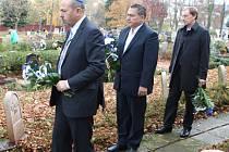 Izraelský velvyslanec Gary Koren. (na snímku vlevo)