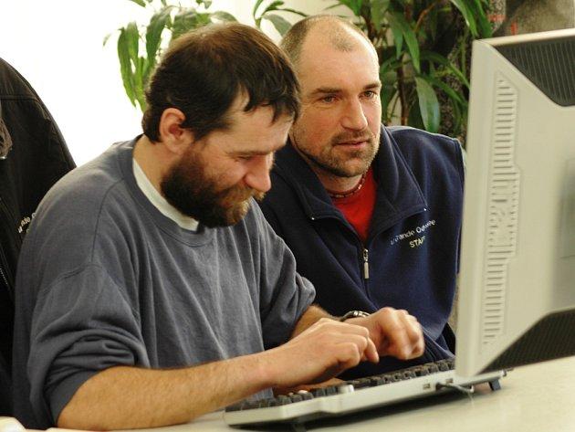Musherové Radek Havrda (vlevo) s Jiřím Vondrákem online odpovídají v naší redakci.