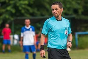 Fotbal hraje i rozhoduje a na Trutnovsku chce Marek Pilný (47) obhájit post předsedy okresního fotbalového svazu.