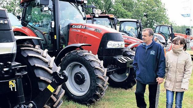 VELKOU POZORNOST NÁVŠTĚVNÍKŮ VÝSTAVY PODHORY tradičně poutají moderní traktory a nejinak tomu bylo i letos.