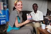Hana Hindráková píše o palčivých problémech Afriky.