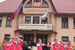 Ve Vysokém nad Jizerou začal 50. ročník národní přehlídky Krakonošův divadelní podzim.