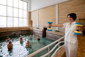 Janské Lázně chtějí najít nový zdroj termální vody o předpokládané teplotě 35 - 36 stupňů. Dosud využívají Janský pramen, umístěný pod velkým bazénem v Lázeňském Domě v hloubce 54 metrů.