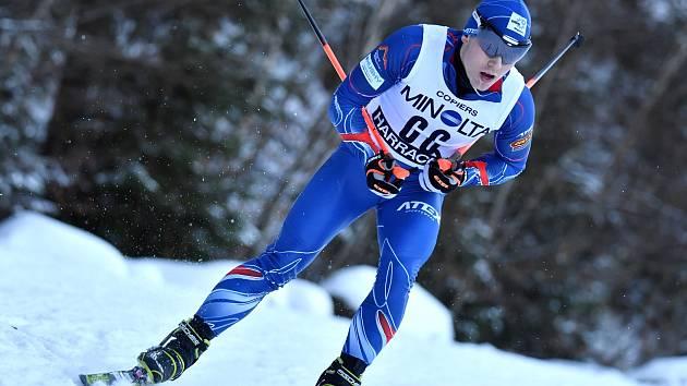 NEJÚSPĚŠNĚJŠÍ český závodní David Zemek v sobotu triumfoval  v konkurenci 33 závodníků, v neděli mu dva ubyli.