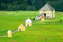 Krzeszów nenabízí jen klášterní komplex, ale i Kalvárii a Betlém