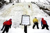 Do Krkonoš můžete vyrazit také za skialpinismem, na ledovou stěnu či s drakem