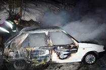 Požár Škody Felicia v Karlovicích
