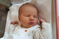 ELIŠKA VAŇKOVÁ se narodila 26. listopadu v 10.31 hodin rodičům Petře a Michalovi. Vážila 3,41 kg a měřila 52 cm. Spolu se sestřičkami Barborou a Laurou bydlí v Trutnově.