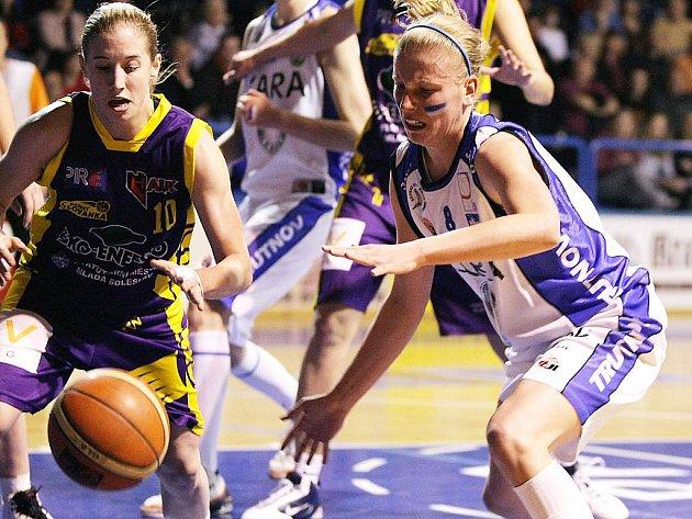 Kara Trutnov - Slovanka MB (3. zápas)
