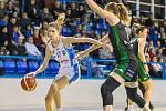 Basketbalistky Trutnova prohrály ve třetím čtvrtfinále ŽBL v Brně po výborném výkonu 92:96. Skvěle zahrála Dominika Vašáková (vlevo), která dala 18 bodů, což je její ligový rekord.