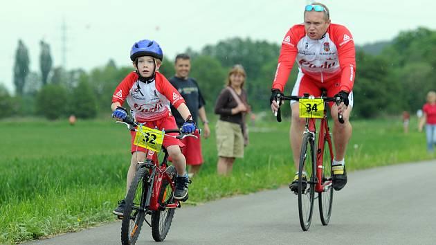 První závod seriálu O nejlepšího cyklistu Dvorska.