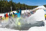 Také ve Ski Areálu Malá Úpa bude možné lyžovat na skipas SkiResortu Černá hora - Pec.