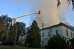 Největším letošním případem hasičů na Trutnovsku je srpnový požár nevyužívaného zámku v Horním Maršově.