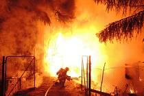 Požár zahradní chatky
