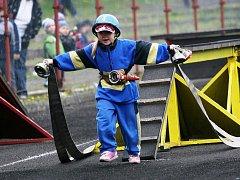 PRVNÍHO ROČNÍKU soutěže O pohár MAS Království – Jestřebí hory se účastnilo přes 200 mladých hasičů.