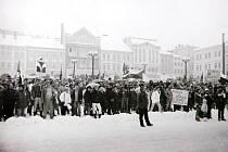 Trutnovské náměstí při generální stávce.