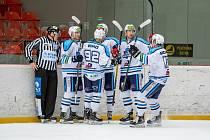 Šestkrát v sobotu vrchlabští hokejisté slavili vstřelený gól v hale šumperských Draků.