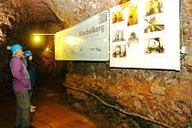 NEJVĚTŠÍM TURISTICKÝM LÁKADLEM Stachelbergu je zpřístupněné podzemí.