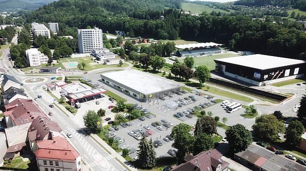 Lidl začne v Trutnově stavět prodejnu nové generace. Parkoviště bude i na místě někdejšího domu odborů.