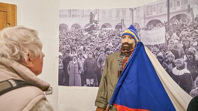 Vernisáž výstavy Sametová revoluce v Trutnově