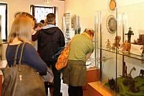 V Krkonošském muzeu vystavují dráteníci