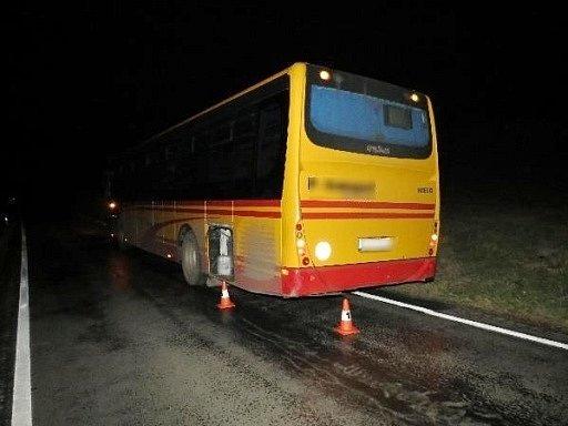 Nehoda na silnici II. třídy Nehoda na silnici č. 301mezi obcemi Radvanice a Chvaleč.