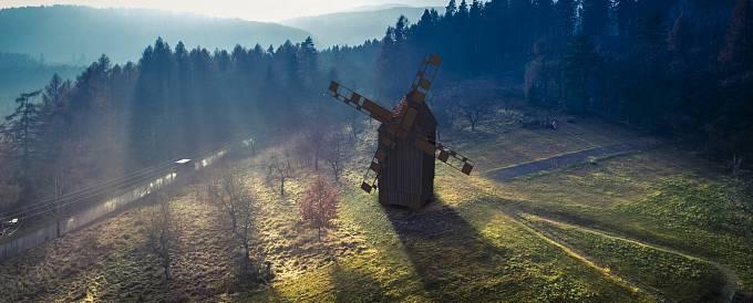 Unikátní větrný mlýn postaví učni. Do Borovnice se vrátí dominanta