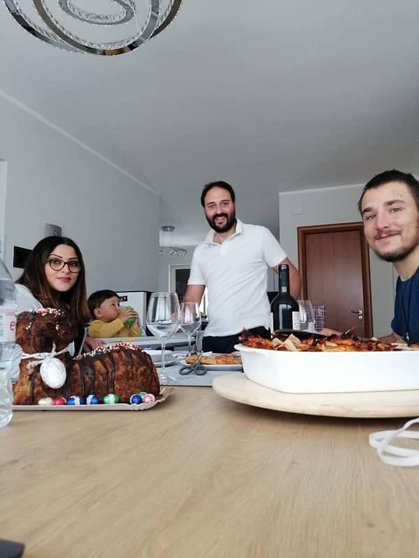Ivan Mitrus strávil Velikonoce v italské rodině.