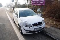 Srážka aut v Hrabačově