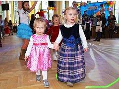 Kolonáda patřila plesu dětí