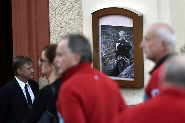 Lidé se loučili s náčelníkem krkonošské Horské služby Adolfem Klepšem