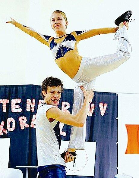Akrobatický rokenrol