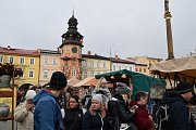 Velký zájem návštěvníků provázel Řemeslný trh pod obry v Hostinném.