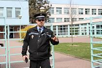 Městskou policii Dvůr Králové nad Labrm vede od roku 2018 Jan Štípek. Málokterá práce klade na zaměstnance takové nároky na bezúhonnost, zdravotní a odbornou způsobilost, kterou musí každých 5 let obhájit na zkouškách na MVČR, jako práce u městské policie